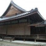 09雨の中宮寺
